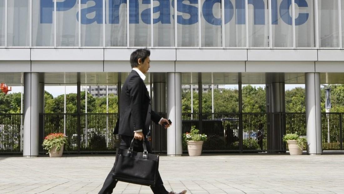 Η Panasonic αναστέλλει τη συνεργασία της με την Huawei
